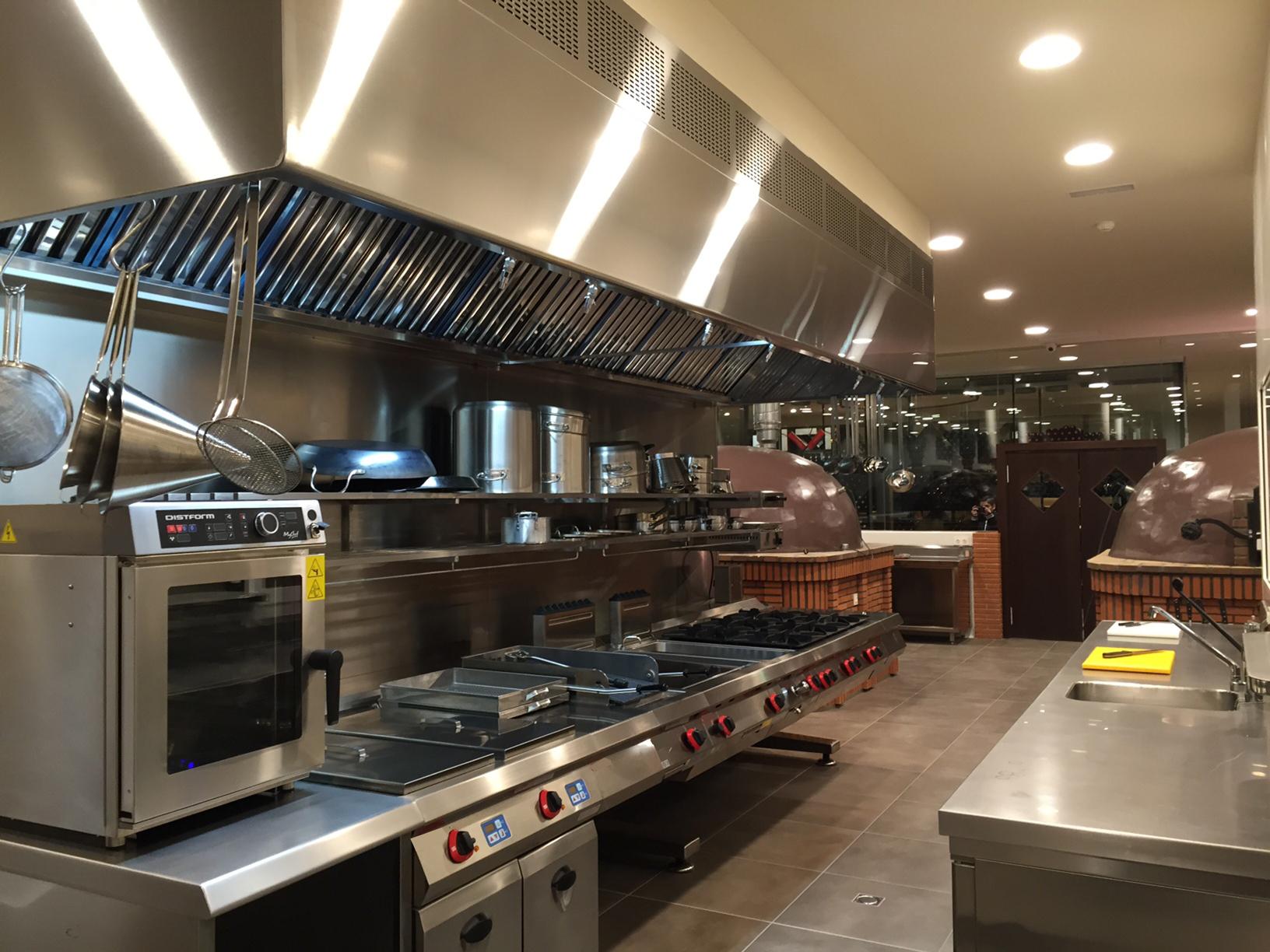 Intecnews 3 instalaci n del mes for Instalacion cocina industrial